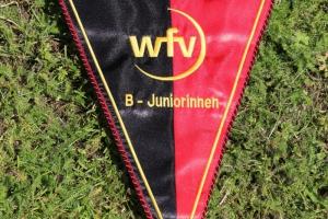 Übergabe Meisterwimpel B2-Juniorinnen (01.06.2019)